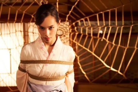 水原希子、亀甲縛り体験で妖艶な姿「とてもスピリチュアルな感覚になった」