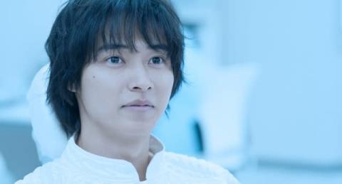 山崎賢人主演『夏への扉』LiSAの主題歌「サプライズ」が彩る新予告解禁