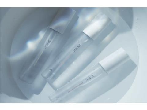 「SNIDEL BEAUTY」フレグランスのように香調が変化するミスト化粧水が登場