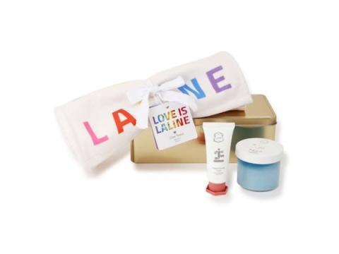 「Laline」からレインボーカラーのタオル付きボディケアセットが限定発売!