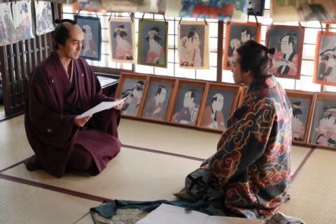 阿部寛、ポジティブ過ぎる蔦屋重三郎の金言 映画『HOKUSAI』本編映像