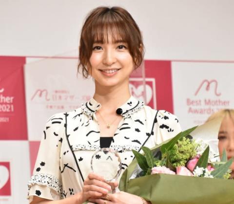 """篠田麻里子、前田敦子は""""ママの先輩"""" 金言明かす「『テキトーでいいんだよ』って」"""