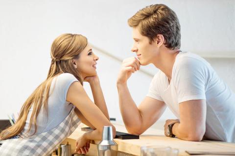 男性に聞いた!好きな女性に「告白したい」と思った瞬間7選