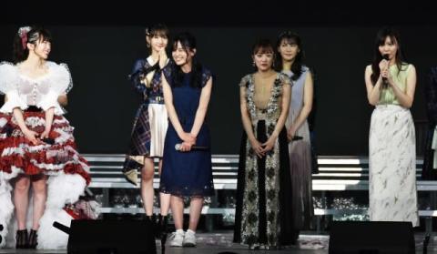 AKB48、15年半で1期生が全員卒業の節目 折井あゆみ「迎えに来ました」 峯岸「待たせたね」