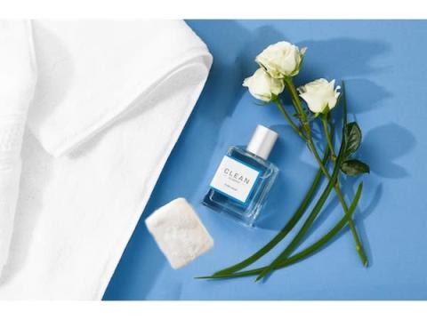 「クリーン」から石けんのようにピュアで清潔感あふれる香りの新フレグランス登場