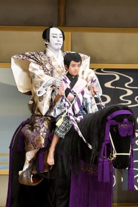 『海老蔵歌舞伎』初日、34年ぶりに成田屋親子『実盛物語』で共演