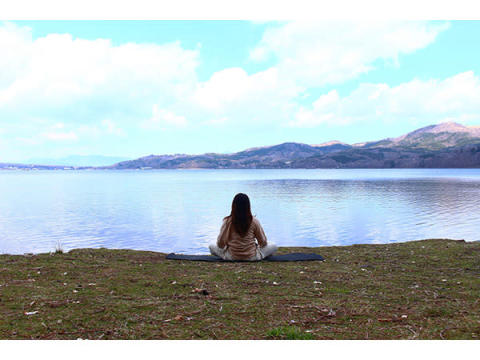 """富士山の豊かな自然の中で""""瞑想体験""""を味わう!「PICA山中湖」の宿泊プラン"""