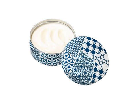 日本の伝統美を感じる、江戸切子&手ぬぐいコラボデザインの保湿クリームが発売
