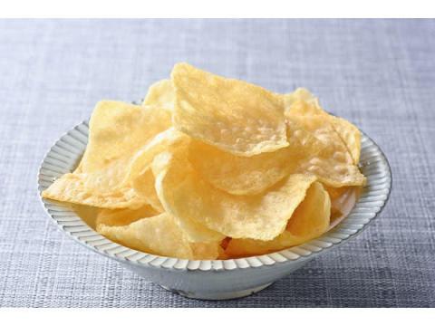 ほんのり塩味とサクサク軽い食感!魚から作られた「あべかまチップス」
