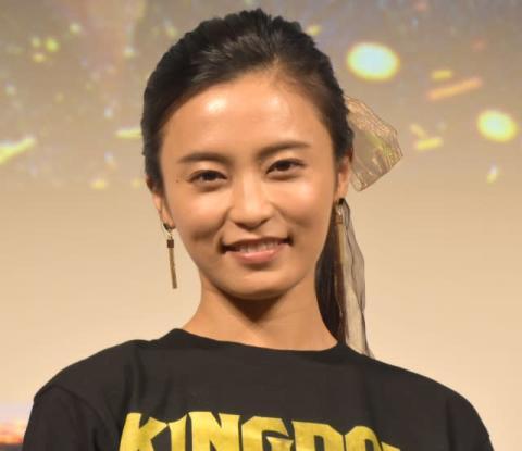 小島瑠璃子『キングダム』原作者・原泰久氏と破局報道 所属事務所がコメント