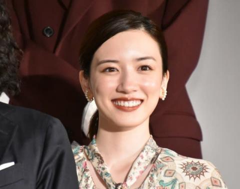 """永野芽郁、山田洋次監督から""""英語""""であいさつ 返答に会場も笑い"""