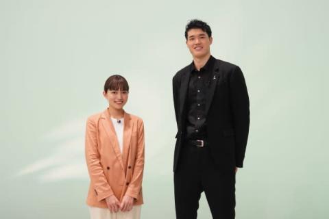 """川口春奈、""""同い年""""バスケ・渡邊雄太選手とSP対談 オリンピックへの思いを語る"""