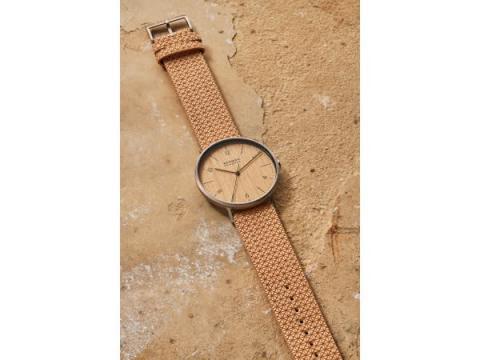 SKAGENの地球にやさしい素材を使用した時計コレクション「AAREN NATURALS」に新作登場