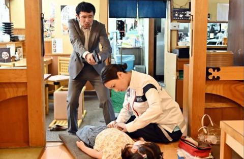 『TOKYO MER』第3話あらすじ 立てこもり事件が発生… 夏梅(菜々緒)が身代わりを志願