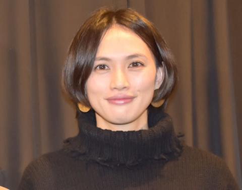 臼田あさ美、オレンジ髪にイメチェン「かわいい」「透明感爆上がりしてる、、、」