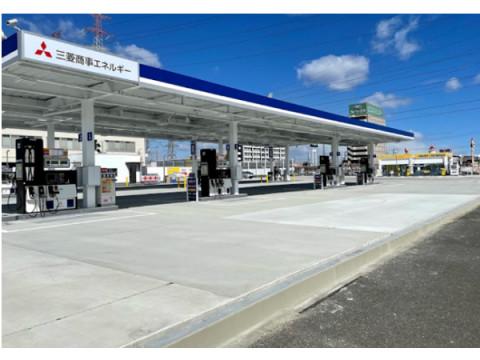 ガソリンスタンドにおける「無人コンビニ事業」を3社が業務提携