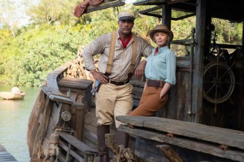 ドウェイン・ジョンソンとエミリー・ブラント、まさかの日本語でダジャレ