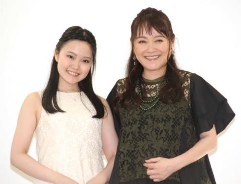 『トトロ』歌手・井上あずみ、自己紹介で「みんなのうたです!」 美声に記者感激「おー!」