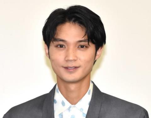 """磯村勇斗、初デートの""""苦い思い出""""明かす「男として最低だったなと」"""