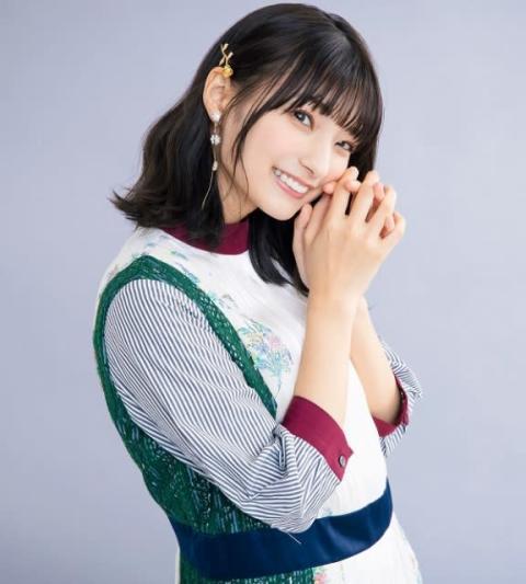 ウマ娘声優・高野麻里佳、美ボディ写真&動画に反響 大胆に美脚披露で「さすがフライデー」「キレイ」