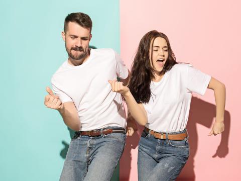 お笑い好きの2人が…実際にあったカップルの衝撃エピソード