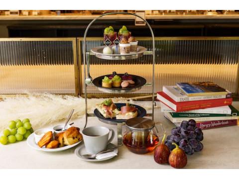 秋の味覚をふんだんに盛り込んだ「秋の果実の贅沢アフタヌーンティー」が発売!