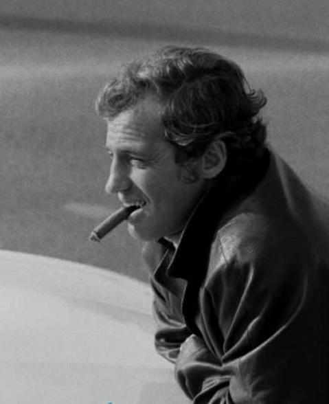 ジャン=ポール・ベルモンドさん死去 88歳 仏マクロン大統領が追悼