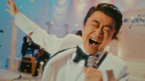 桑田佳祐、歌謡番組大胆パロディーMV公開 母親(!?)登場のお涙頂戴シーンも