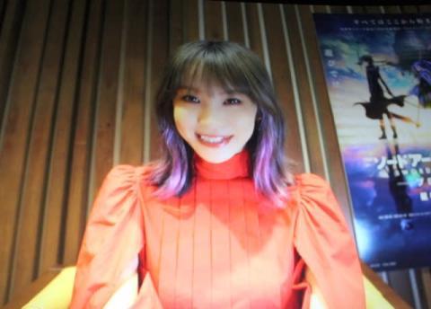 LiSA、突然のビデオ出演に観客拍手 『SAO』新作映画で主題歌担当「アスナの応援ソング」