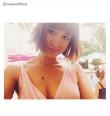 紗栄子、胸元ざっくりSEXYワンピで美バスト披露「キレイな谷間」「目のやり場に困る」の声