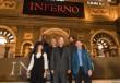 トム・ハンクス「かっこいい男のふりをするのが仕事」 フィレンツェの宮殿で会見