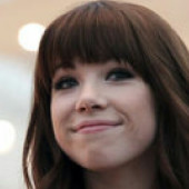 We love Carly rae Jepsen❤❤❤