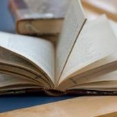 趣味が読書な人ー!*:.。*(●︎´∀︎`)八(´∀︎`●︎)*。:*・'