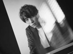 """福士蒼汰""""リモート撮影""""で新たな魅力 写真家・荒木勇人氏とコラボ"""