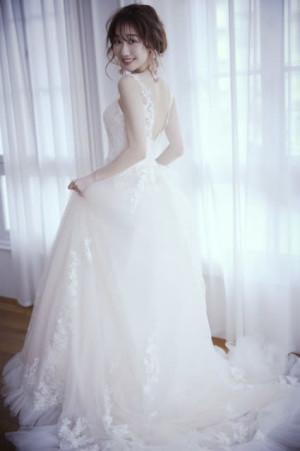 柏木由紀、30歳までAKB現役「まさか」 20代最後のウエディングドレス姿で思い