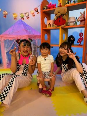 """指原莉乃&フワちゃん""""3歳の歌姫""""村方乃々佳ちゃんと初コラボ"""
