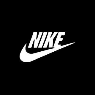 Nike adidas に名前入れます