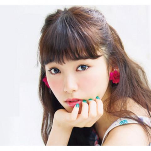 飯豊まりえちゃん 三吉彩花彩花ちゃん などのseventeen モデル好きな方♡