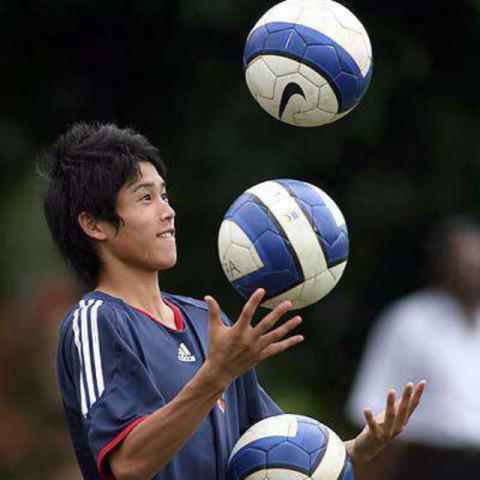 サッカー好きな人 内田篤人好きな人かもん!